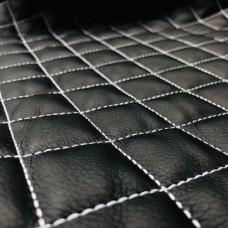 Экокожа стеганая черная 0,85 мм, ппу 5 мм сетка, нитки белые
